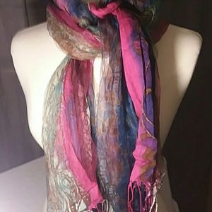 Accessories - Stunning quality sheer spring scarf